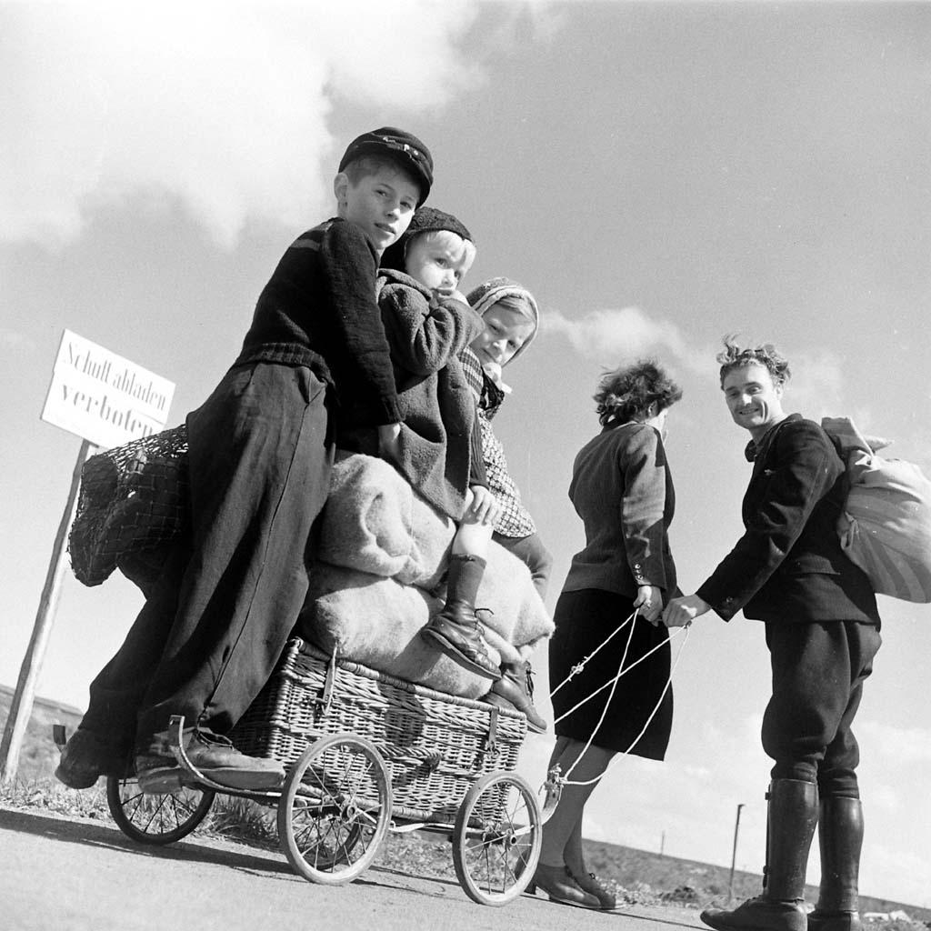 Margaret Bourke White Photographs 1930 1945 Martin