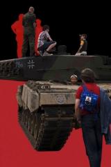 © Markus Georg Reintgen: Deutscher Panzer (C-Print, 81 x 54 cm, 2009)