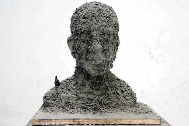 ash-portrait-no-28-40x40x42cm-2008.jpg